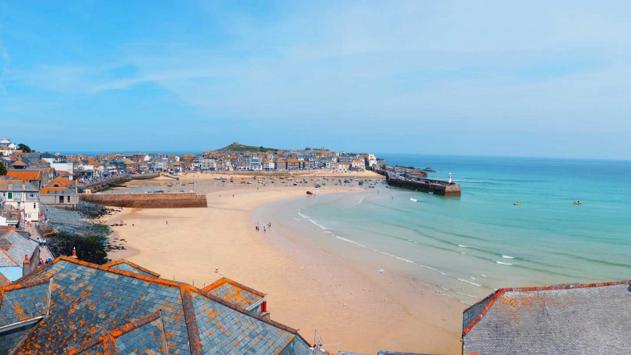 St Ives Town and harbour beach viewpoint.