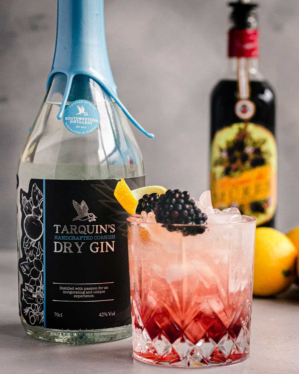 Bramble Cocktail with Tarquins Gin